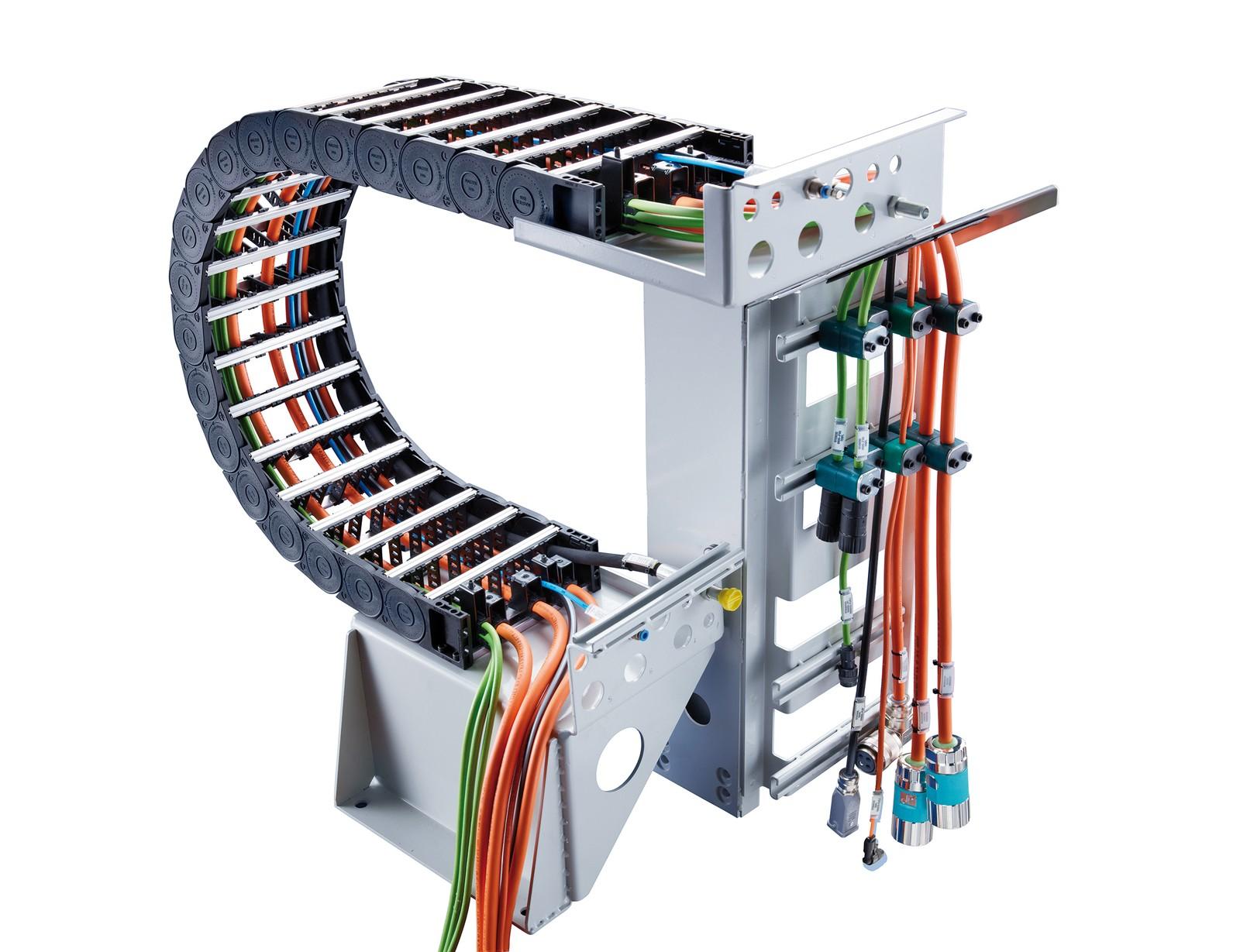 Tsubaki Kabelschlepp bietet das Totaltrax_Konzept als anschlussfertige Lösung optimal aufeinander abgestimmter Komponenten.