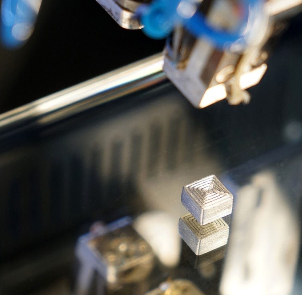 Hartmetallmuster mit komplexer Geometrie auf FFF-Standarddrucker Hage3D 140 L, in dem sich künftig auch große Bauteile drucken lassen.