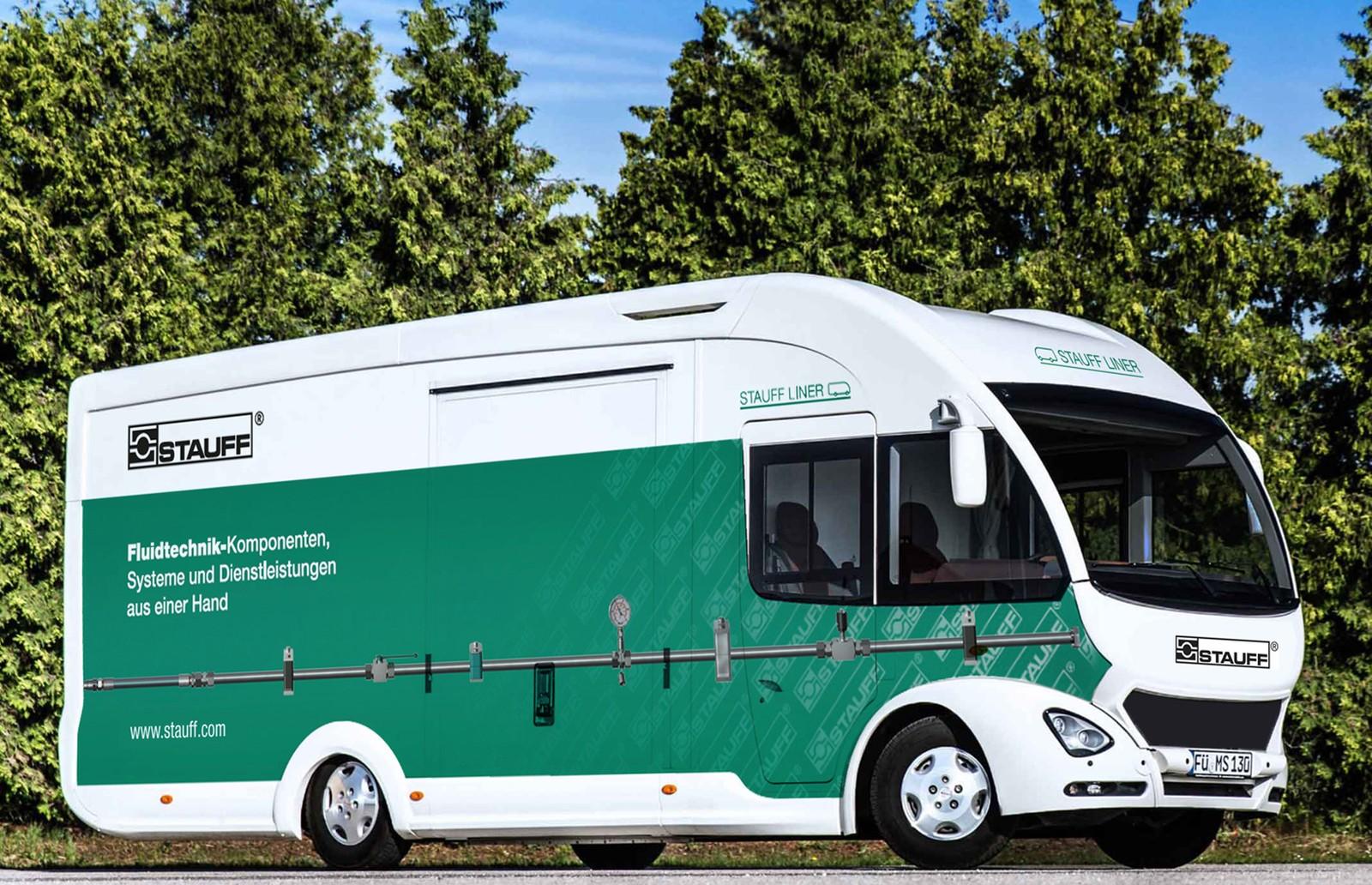 Das Präsentationsmobil von Stauff kann für Veranstaltungen in Deutschland und im angrenzenden Ausland gebucht werden.