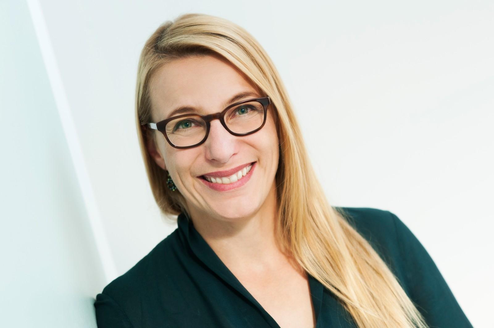 Silke Weinig ist Trainerin, Coach und Bloggerin für Selbstmanagement. Sie berät zu Themen wie Selbststärkung, Potenzialentfaltung, Kommunikation und Konfliktmanagement.