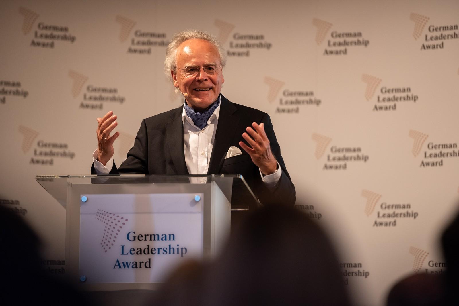 Dr. Hans J. Langer, Gründer von EOS, erhält den German Leadership Award 2019