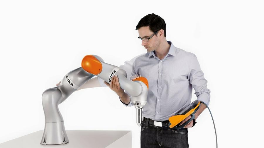 """Robots for humans – AI in the real world""- Kuka auf dem European Robotics Forum 2019"